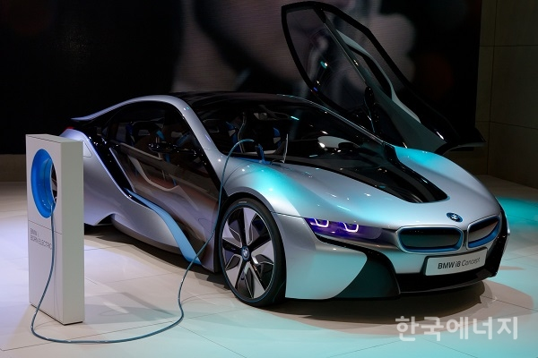 Electric Car Recharge At Home